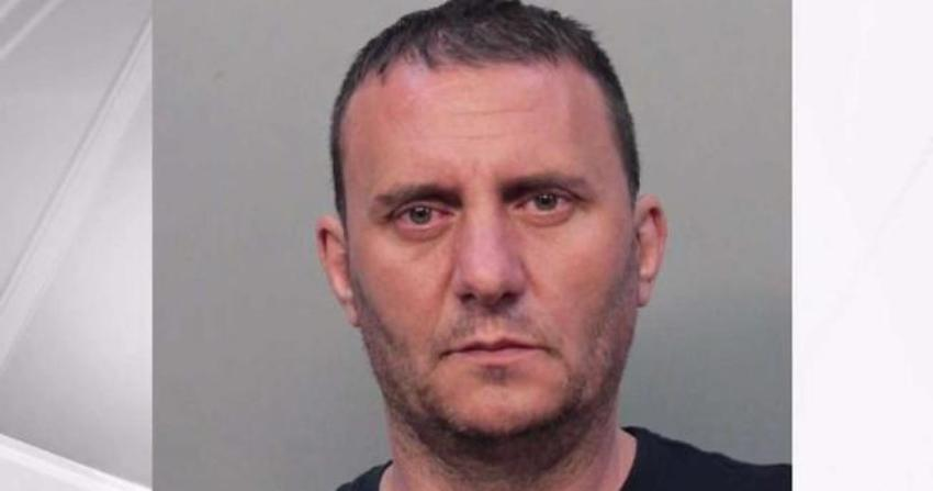 Rumano residente en Florida acusado de robar miles de dólares en un Western Union