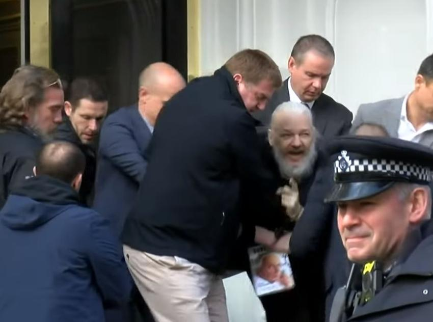 Autoridades en Londres arrestan al co-fundador de WikiLeaks Julian Assange