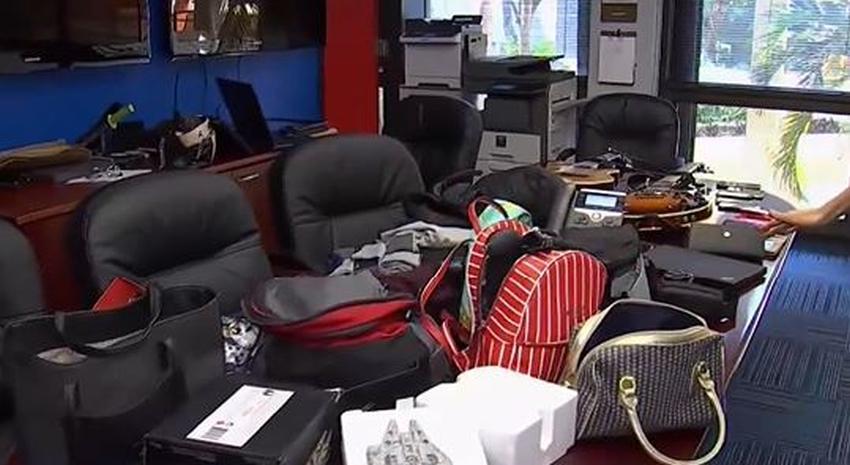 Policía de Miami busca a dueños de artículos robados tras hacer un arresto