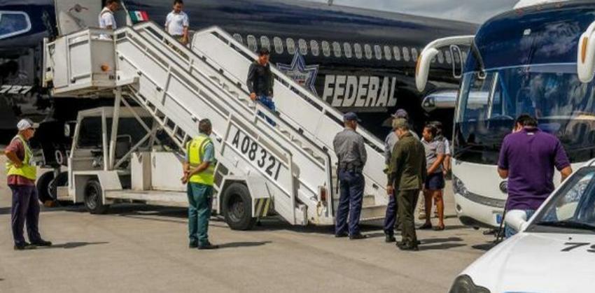 Autoridades mexicanas deportan a 32 migrantes cubanos, de marzo a la fecha México ha devuelto a casi 300 isleños