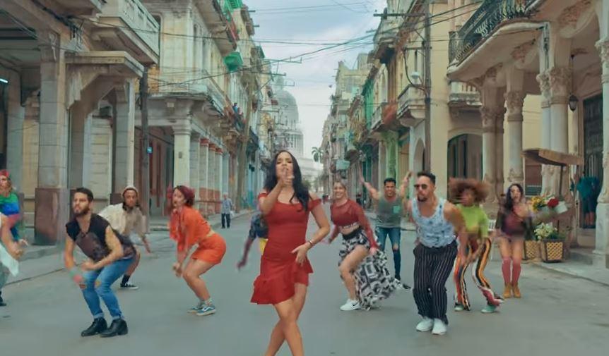 """Cubana Diana Fuentes estrena videoclip del tema """"Libre"""" grabado en La Habana"""