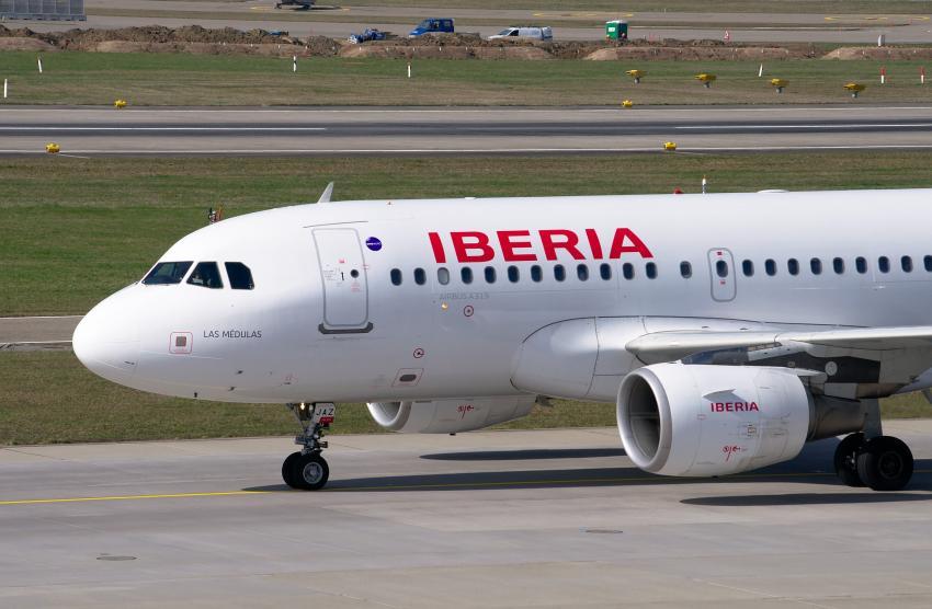 Otro vuelo entre La Habana y Madrid previsto para el 9 de julio, busca repatriar a más personas varadas en Cuba