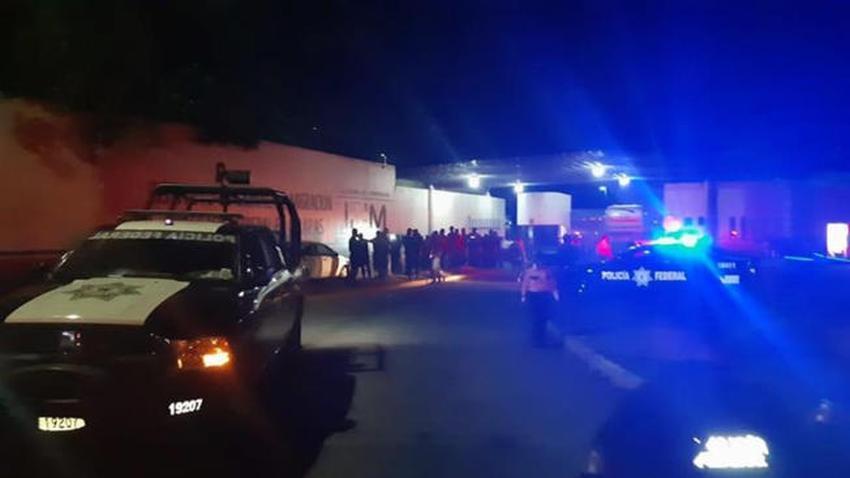 Cubanos escapan de estación migratoria en Tapachula, México