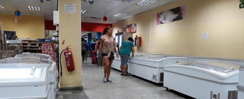 Cubanos conscientes de que las carencias continuarán pese a las nuevas medidas del régimen