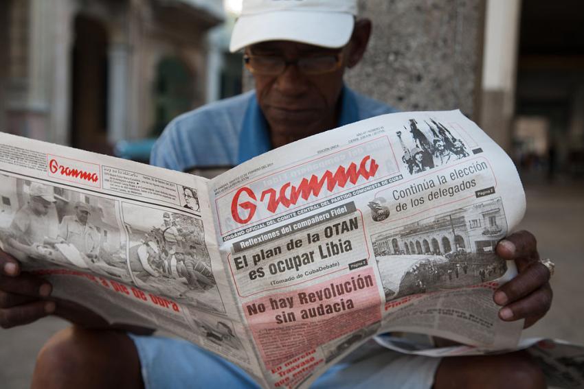 La crisis y la escasez llega a la propaganda del régimen: Granma hace recortes
