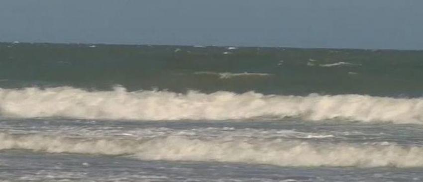 Muere una mujer ahogada en playa de la Florida, fue la tercera muerte este fin de semana por el mismo motivo
