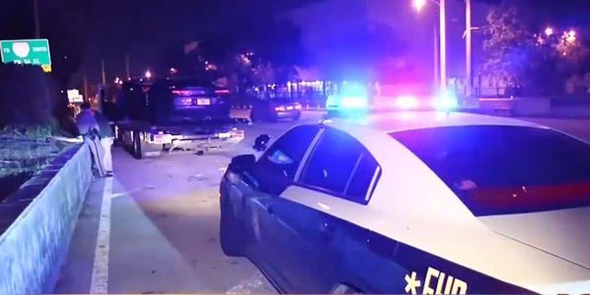 Un conductor en Miami abre fuego contra otro vehículo tras una discusión; dos personas son heridas de bala