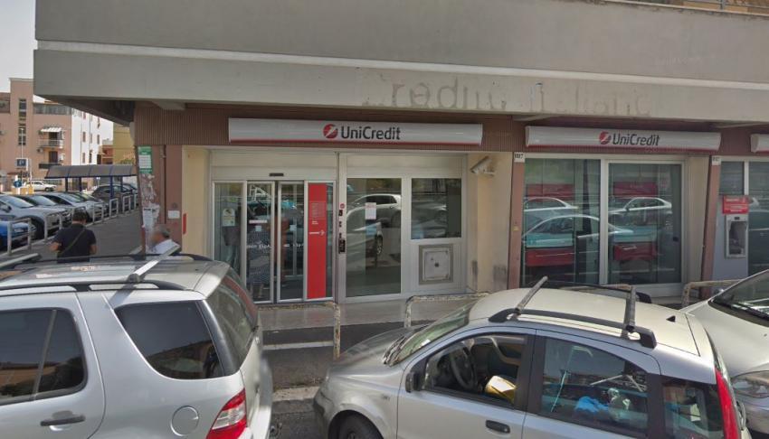 Banco italiano UniCredit acuerda pagar 1300 millones de dólares por violar el embargo a Cuba
