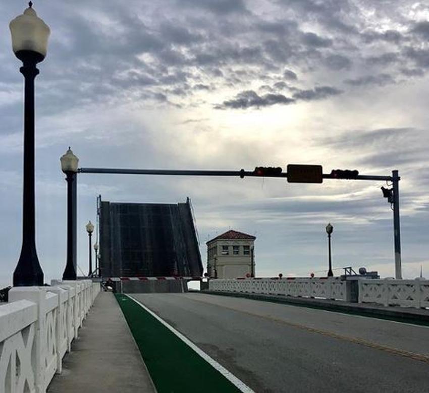 Proponen cancelar la elevación del puente del Venetian Causeway durante las horas picos