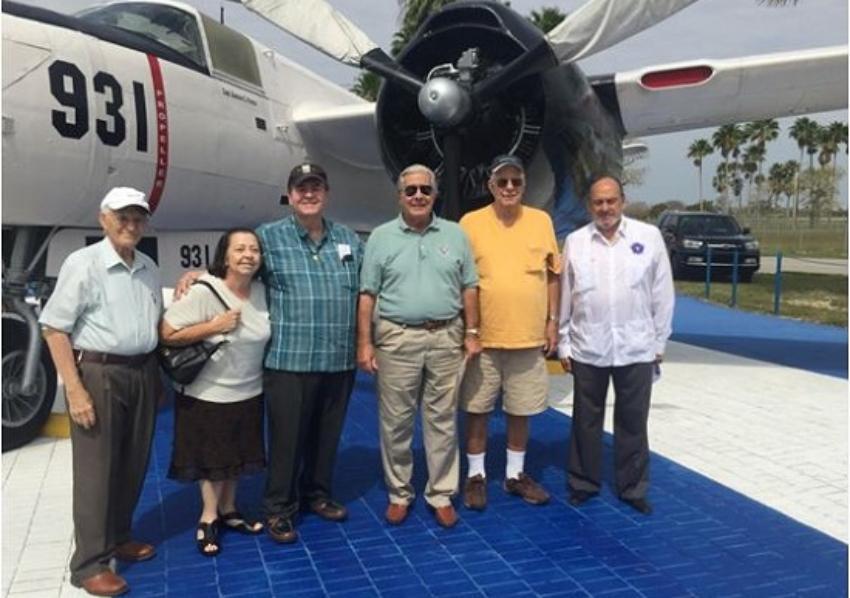 Llegará a Miami bombardero de la invasión a Bahía de Cochinos