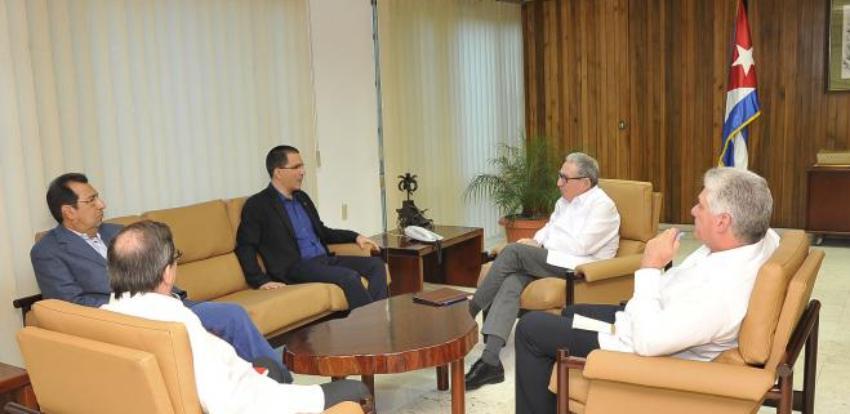 Castro y Díaz-Canel reiteran su apoyo a Nicolás Maduro, a propósito de la visita del canciller venezolano a La Habana