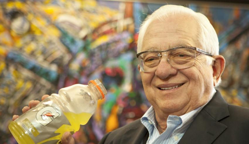 Un médico cubano estuvo entre los cuatro investigadores que crearon la bebida hidratante Gatorade
