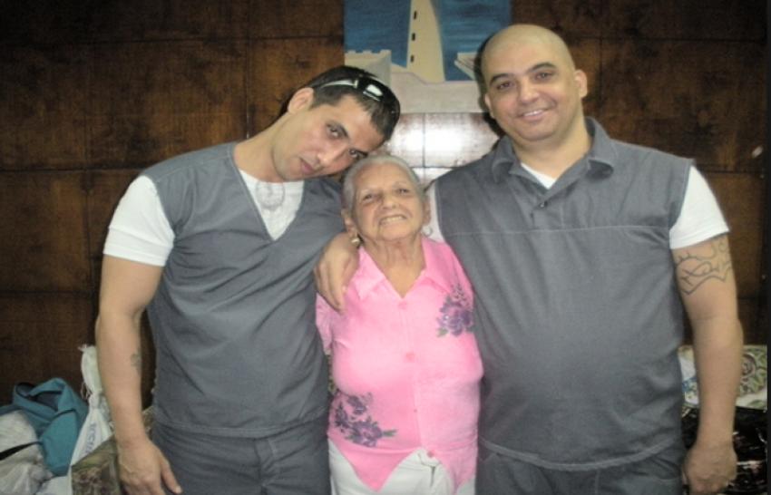Madre de uno de los condenados por el secuestro de una lancha en 2003 reclama ante la justicia reducción de la pena