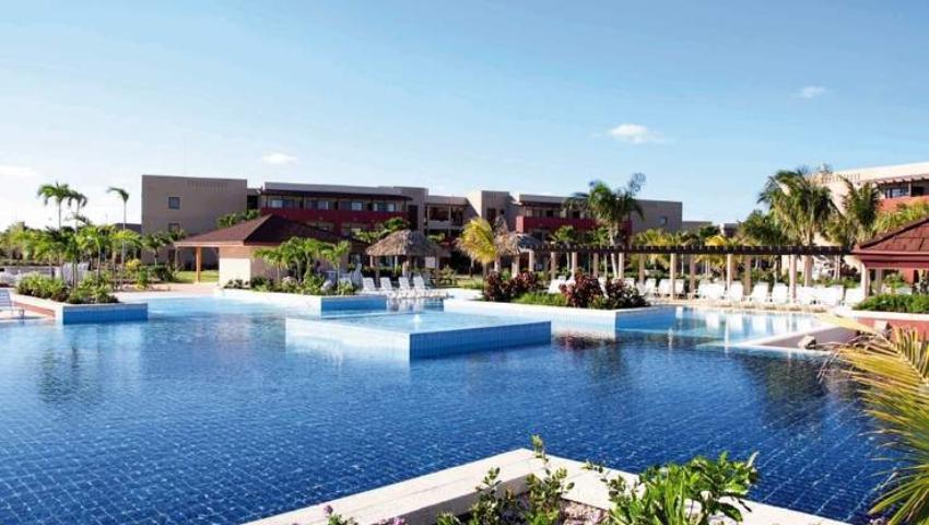 Grupo hotelero canadiense administrará dos nuevos hoteles en Cuba, a pesar de sanciones de Washington