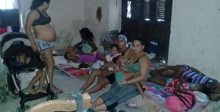 Cuba: Arrestaron a seis mujeres, tres de ellas embarazadas por ocupar un local abandonado, ahora están pendientes a juicio