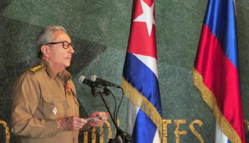 El Partido Comunista Ruso le concede a Raúl Castro el Premio Lenin