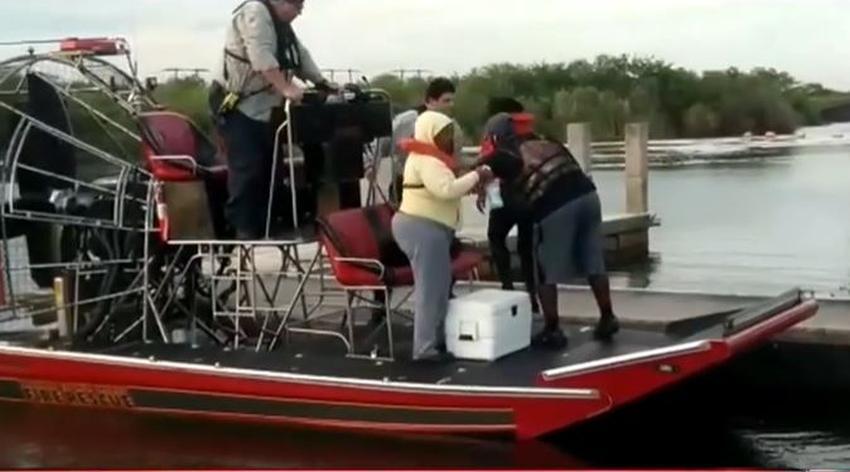 Seis personas son rescatadas en los Everglades luego que su bote comenzara a hundirse