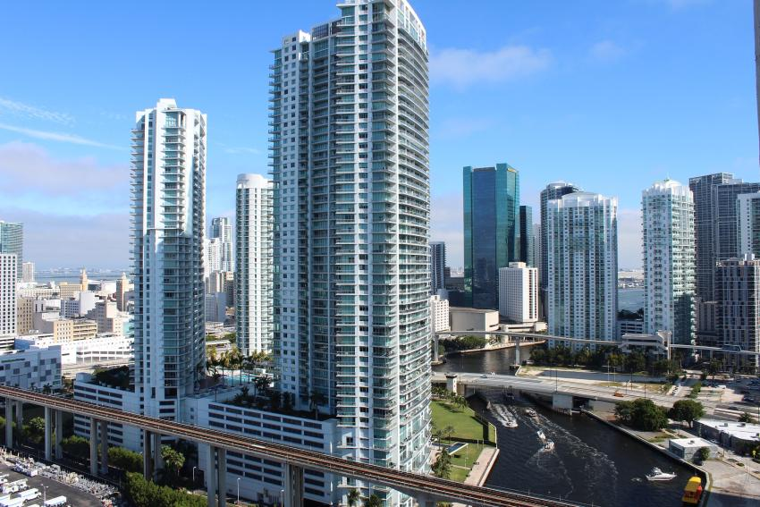 Alcalde de Miami, Francis Suárez, agradece apoyo para construir 12 mil viviendas de bajo costo para el 2024