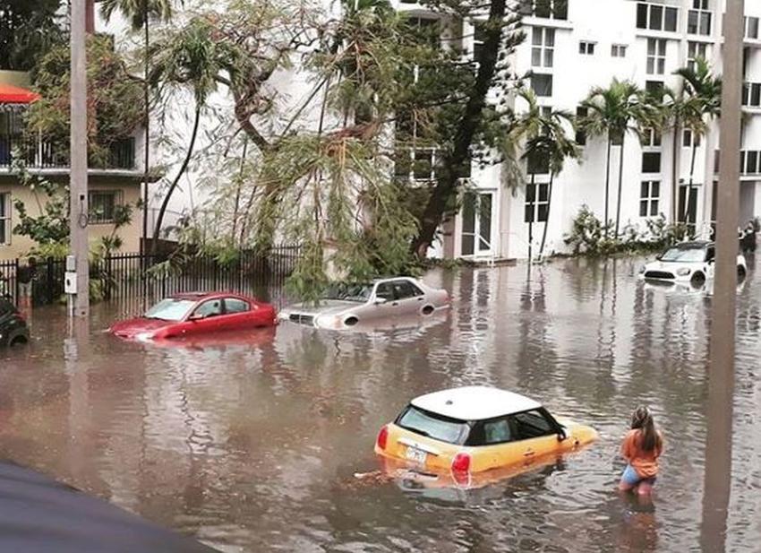 Aviso de inundaciones en todo Miami-Dade