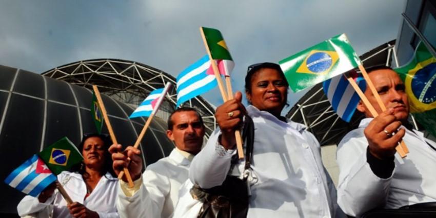 HRW acusa al Gobierno cubano de explotar a sus médicos durante las misiones en el extranjero