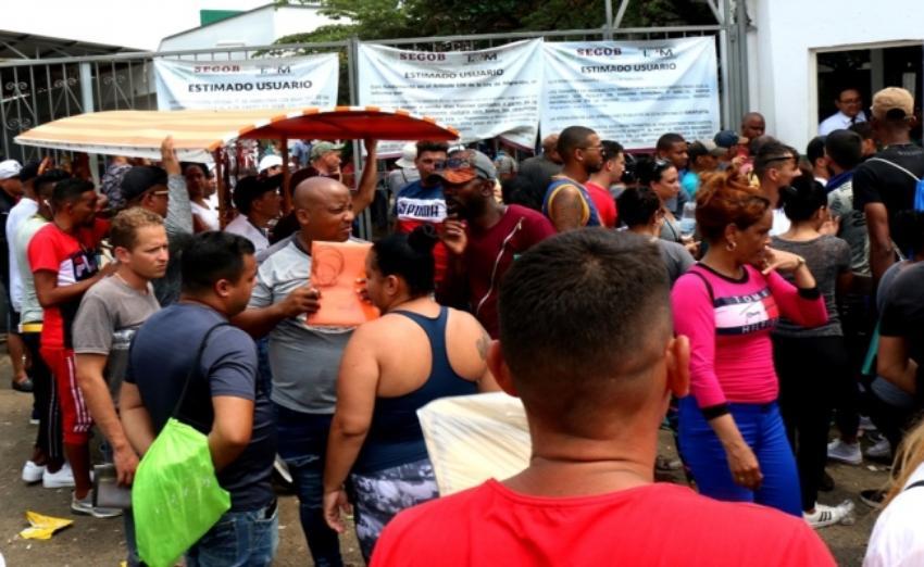 Denuncian xenofobia contra migrantes cubanos en México por parte de las autoridades