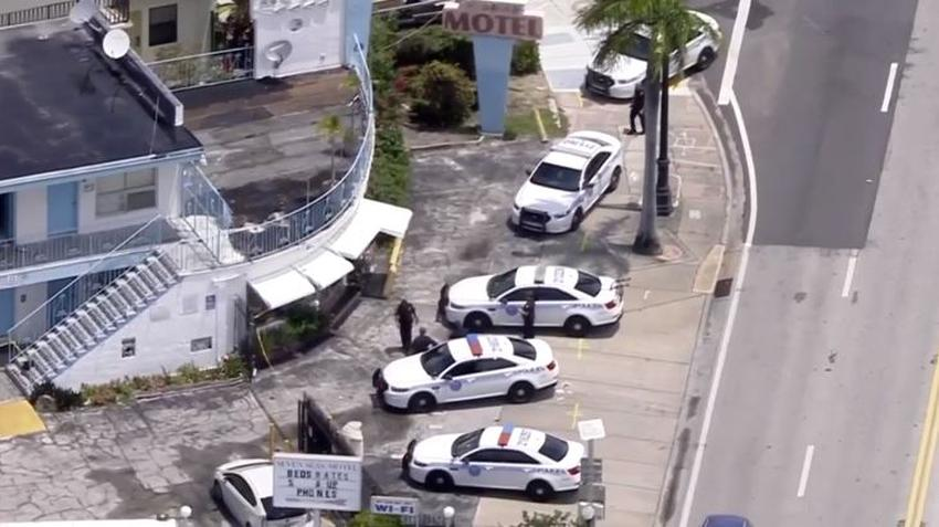 Arrestan a una persona después de apuñalar varias veces a una mujer en un motel de Miami