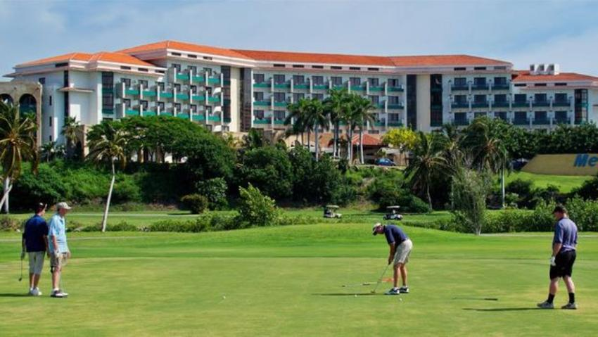 Gobierno cubano seguirá invirtiendo en grandes proyectos hoteleros con campos de golf, exclusivamente para ricos de la Isla y extranjeros