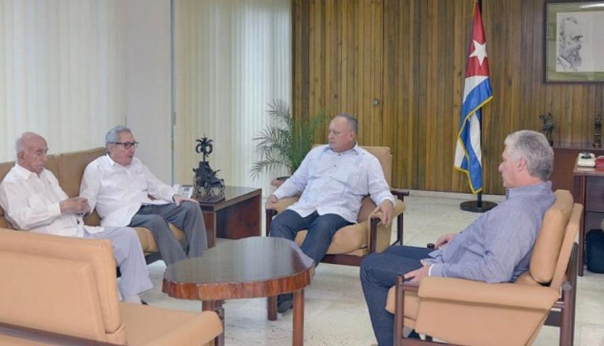 """En su sorpresiva visita a La Habana, Diosdado Cabello asegura que """"el destino de Cuba y Venezuela están necesariamente unidos"""""""