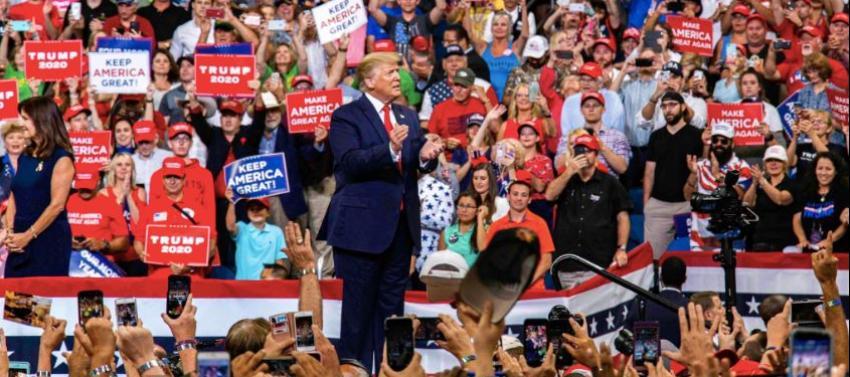 Sigue creciendo la aprobación del presidente Trump, la misma ha aumentado 4 puntos porcentuales respecto a agosto