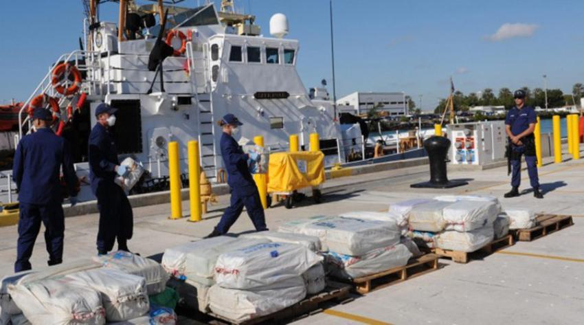 Guardia Costera de EEUU incautó 26 mil libras de cocaína y 1.500 de marihuana