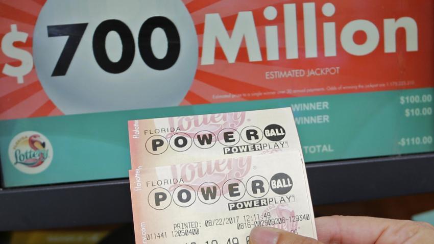 Autoridades de Florida advierten sobre estafa con falsos billetes de la lotería