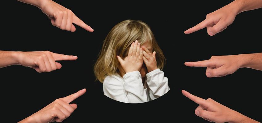 """Ciudad de Estados Unidos propone ley que multaría a padres de niños que contribuyen al """"bullying"""""""