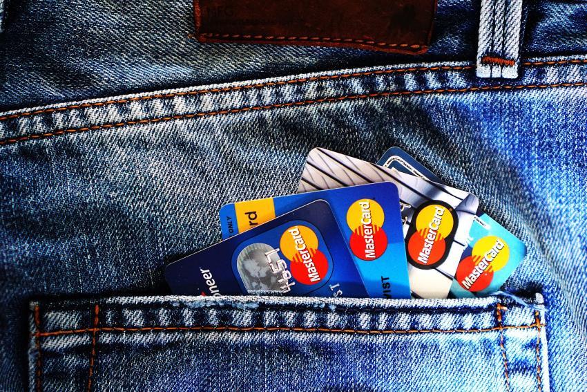 Cubano podría ser deportado tras usar una tarjeta de crédito falsificada a nombre de un agente de la Patrulla Fronteriza de EEUU