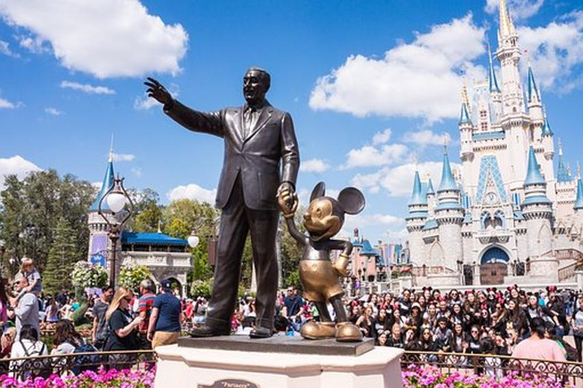 Personas con pases anuales de Disney World pueden llevar amigos por solo $89