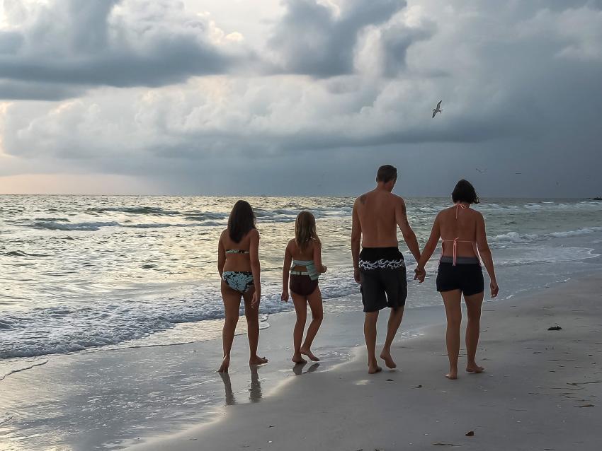 En picada el bienestar infantil en Florida, según estudio