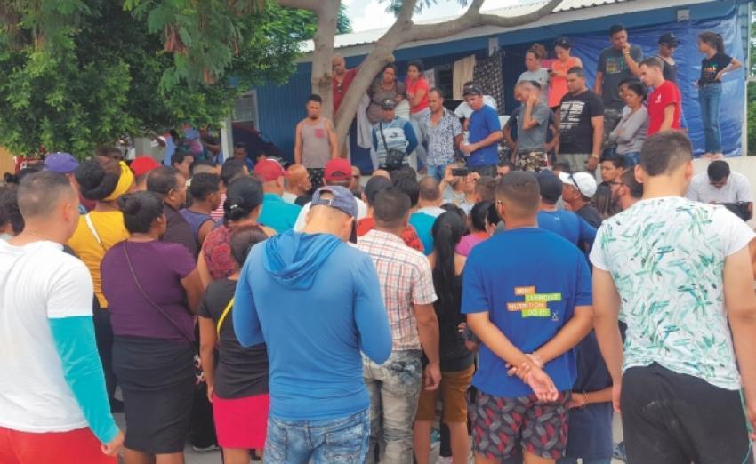 Autoridades mexicanas extorsionan a migrantes cubanos con la promesa de acelerar su trámite de ingreso a EEUU