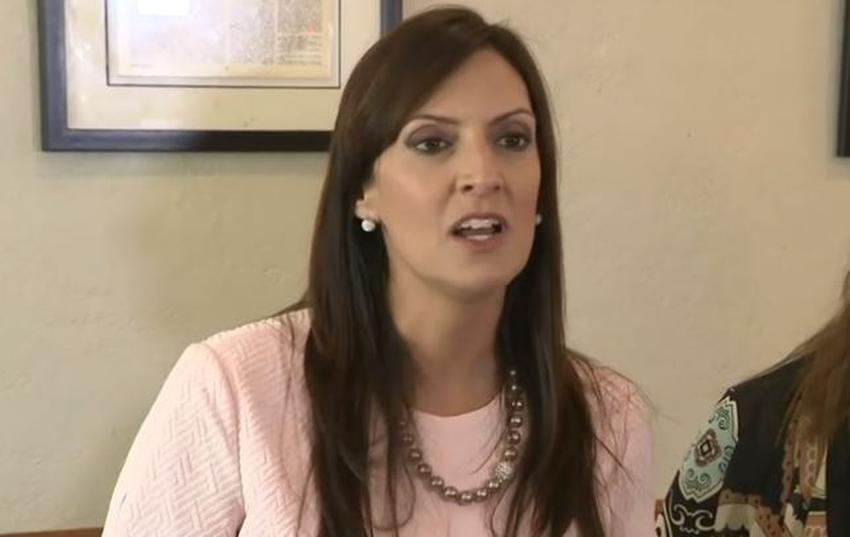 """La vice gobernadora de la Florida, de origen cubano, Jeanette Nunez, asegura que un voto por los demócratas es un voto por el """"Socialismo"""""""