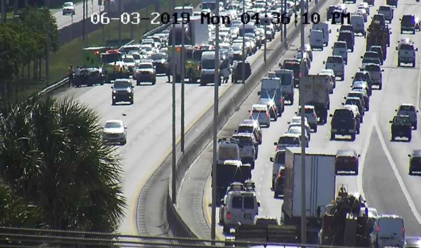 Accidente en el Palmetto Expressway obliga a cerrar todas las líneas a la altura de la 57 avenida