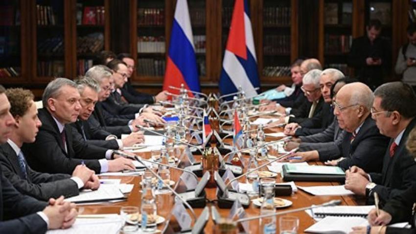 Vicepresidente cubano se reúne con ministro de Defensa ruso, en su tercera visita a Moscú en lo que va de año