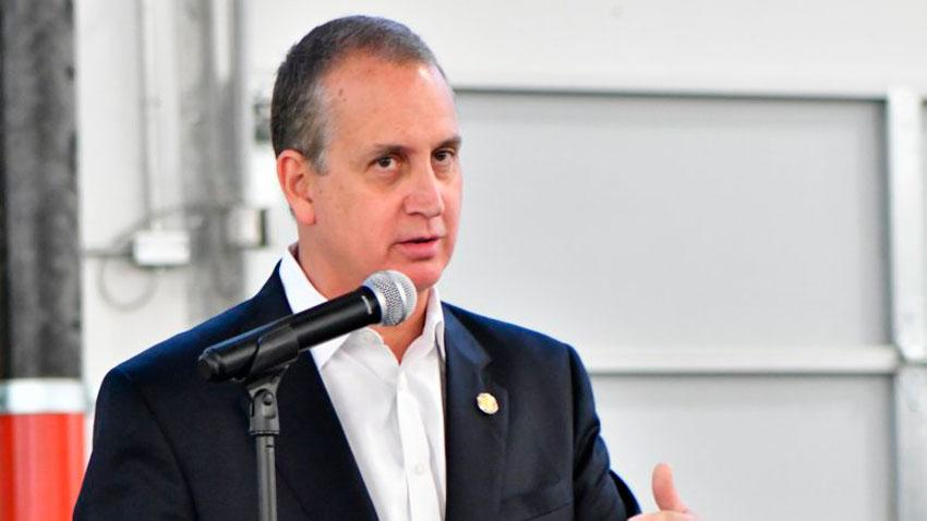 Congresista Mario Díaz-Balart anuncia que Washington seguirá aplicando sanciones al régimen cubano
