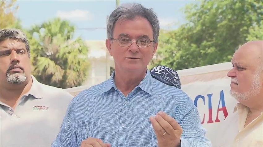 USCIS negó la residencia permanente a Ramón Saúl Sánchez, líder del Movimiento Democracia
