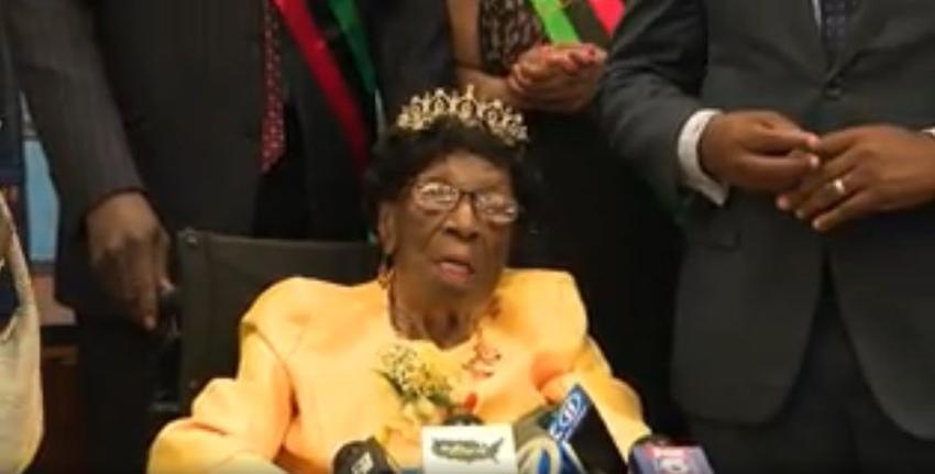 La mujer más longeva de los Estados Unidos celebra su cumpleaños número 114