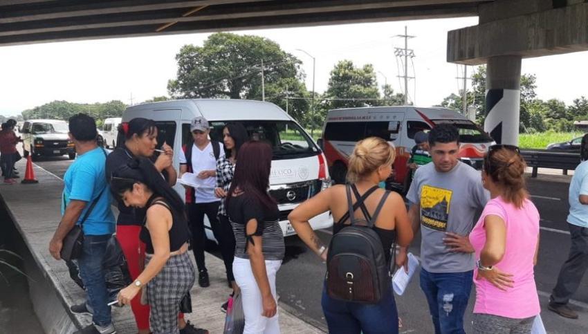 Detienen a un grupo de 18 migrantes cubanos en México que contaban con amparo legal