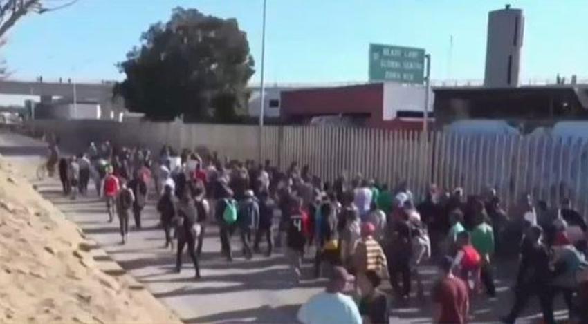 Crece el temor de los migrantes cubanos en México tras fallo de la Corte Suprema de EEUU de limitar el asilo en la frontera