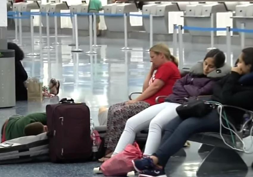 Tormentas eléctricas y mal tiempo provoca retrasos en el aeropuerto de Miami