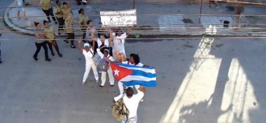 Más de una veintena de Damas de Blanco y activistas arrestados este domingo en Cuba