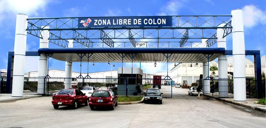 """Más de 23.000 cubanos visitaron la Zona Libre de Colón entre enero y julio de este año, antes de la suspensión de la """"tarjeta de turismo"""""""