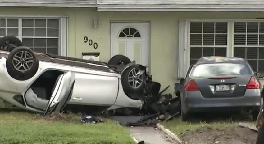 Conductor pierde el control de su vehículo y choca contra una casa en Miami Gardens