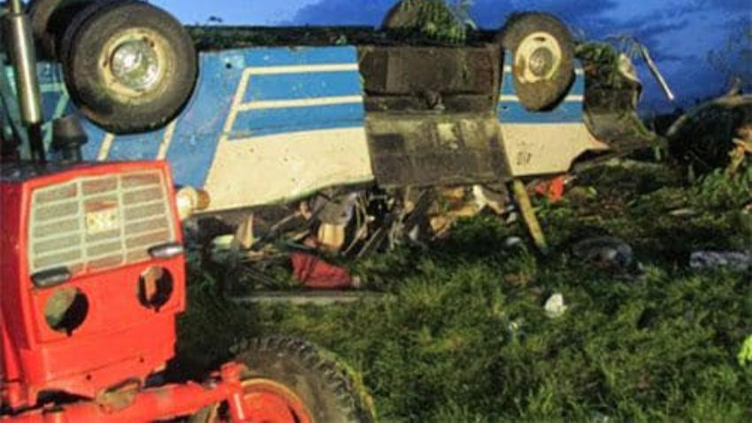 Accidente en Ciego de Ávila deja un muerto y 43 heridos