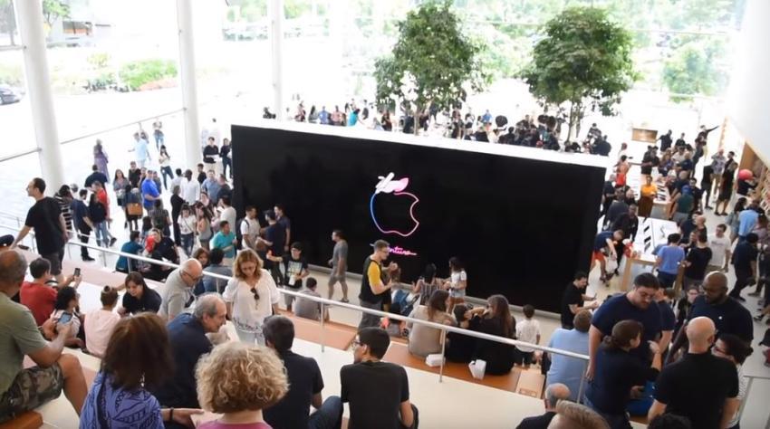 Abre la tienda más grande de Apple en Miami